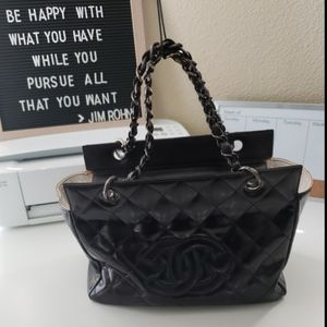Chanel Petite Timeless Tote (patent leather)
